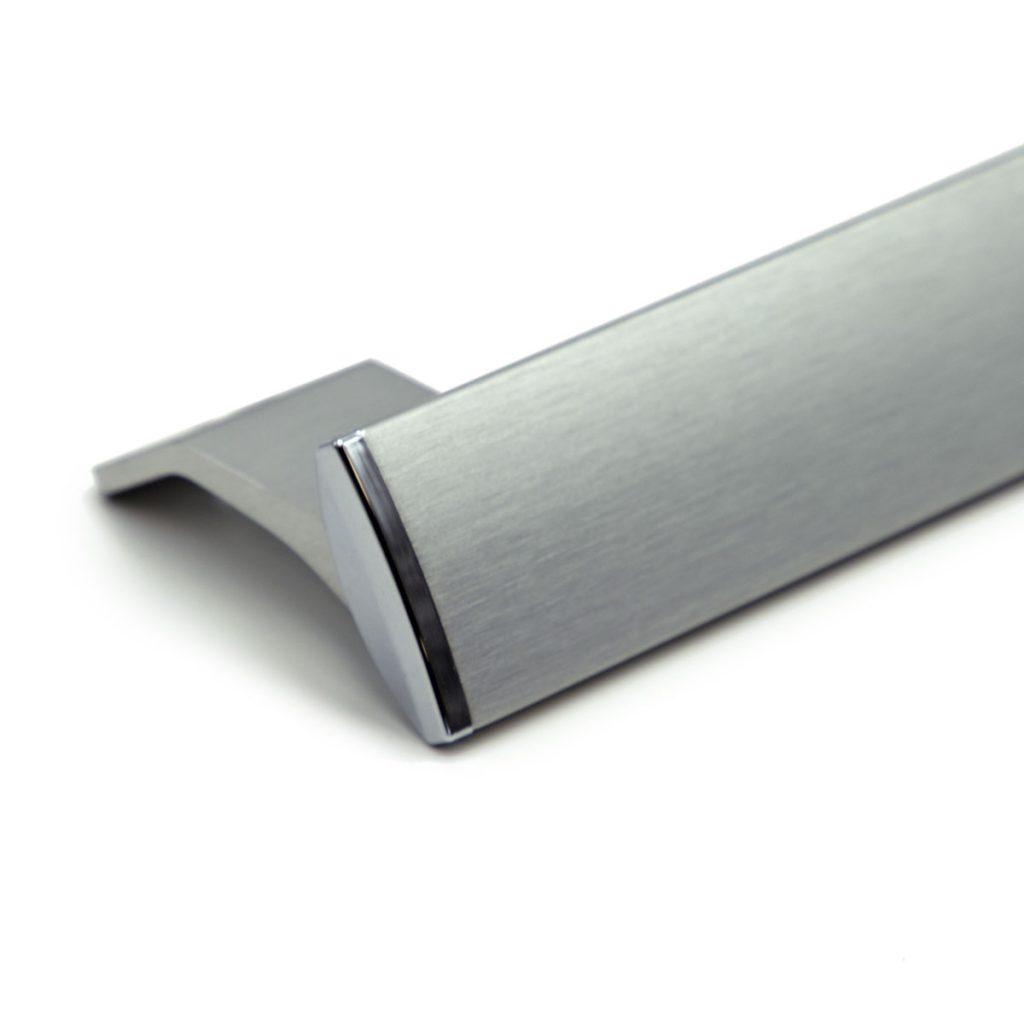Maniglia frigorifero alluminio satinato con finitura cromata